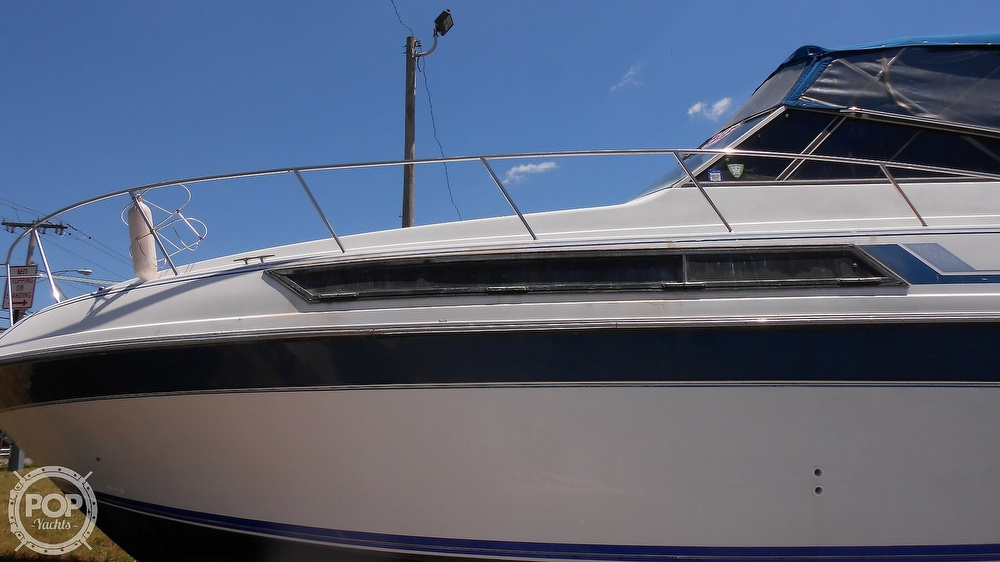1990 Carver boat for sale, model of the boat is 3557 Montego & Image # 18 of 40
