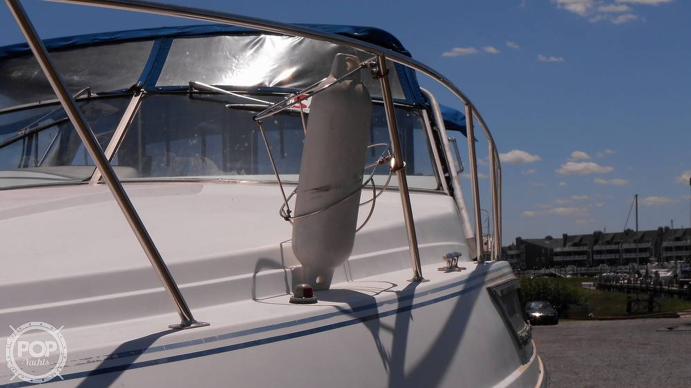 1990 Carver boat for sale, model of the boat is 3557 Montego & Image # 22 of 40