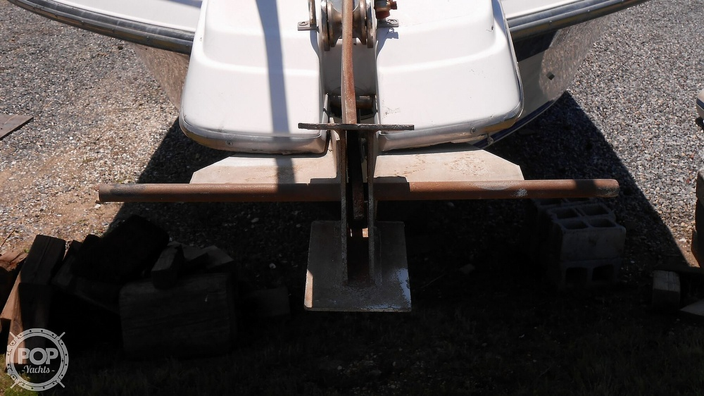 1990 Carver boat for sale, model of the boat is 3557 Montego & Image # 23 of 40