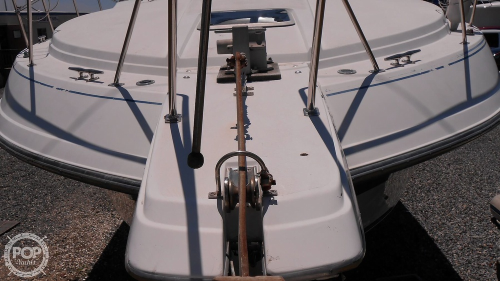 1990 Carver boat for sale, model of the boat is 3557 Montego & Image # 24 of 40
