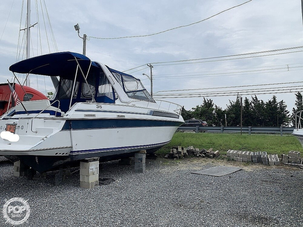 1990 Carver boat for sale, model of the boat is 3557 Montego & Image # 4 of 40