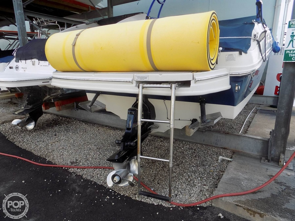 2010 Sea Ray boat for sale, model of the boat is 260 Sundeck & Image # 11 of 40