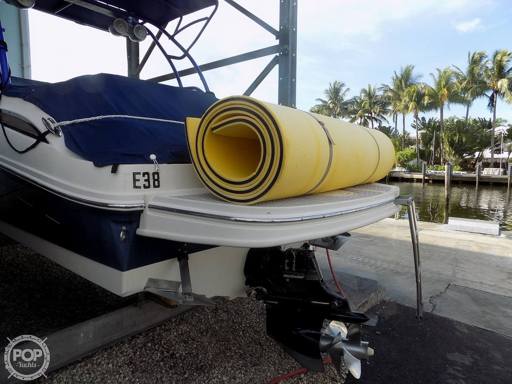 2010 Sea Ray boat for sale, model of the boat is 260 Sundeck & Image # 14 of 40