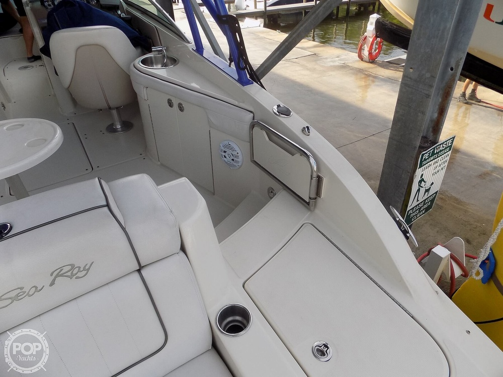 2010 Sea Ray boat for sale, model of the boat is 260 Sundeck & Image # 27 of 40