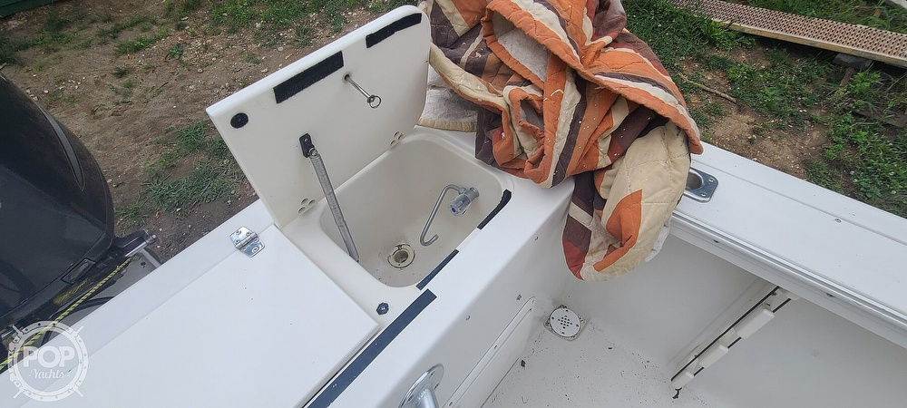 1996 Pro-Line boat for sale, model of the boat is 25 SX & Image # 30 of 40