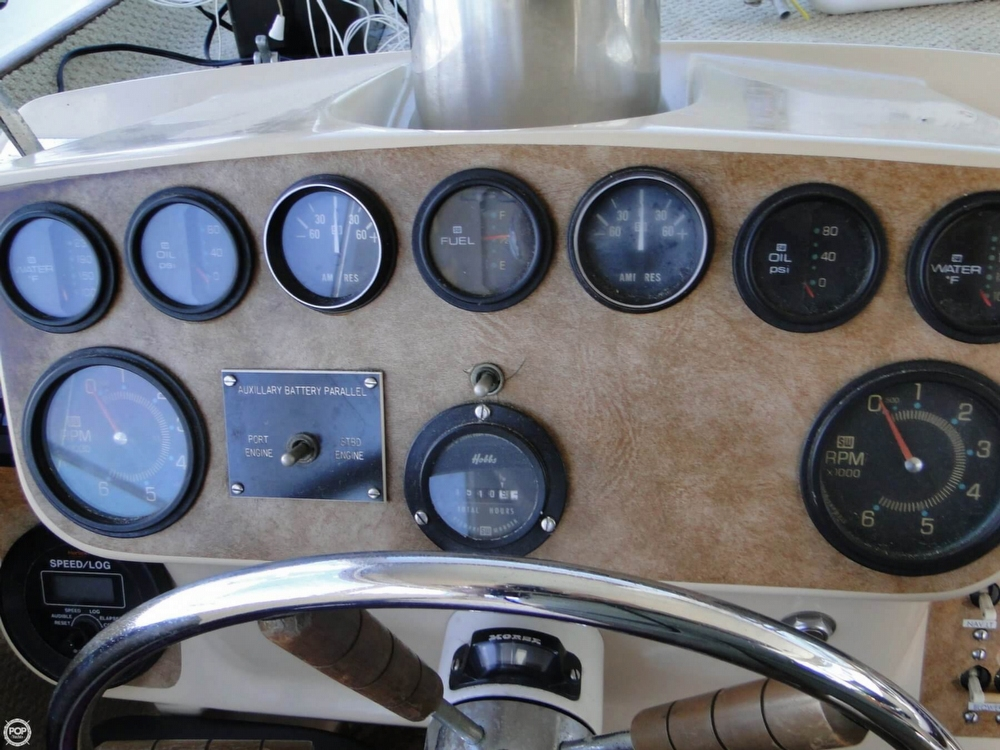 1972 Uniflite boat for sale, model of the boat is 36 Double Cabin & Image # 10 of 40