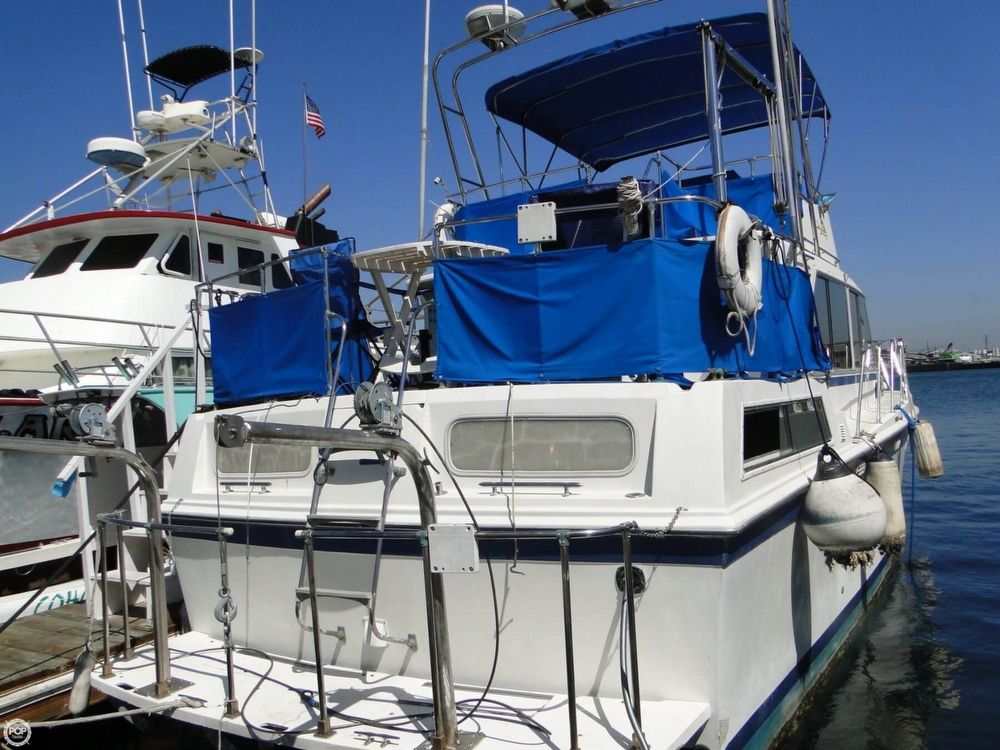 1972 Uniflite boat for sale, model of the boat is 36 Double Cabin & Image # 24 of 40