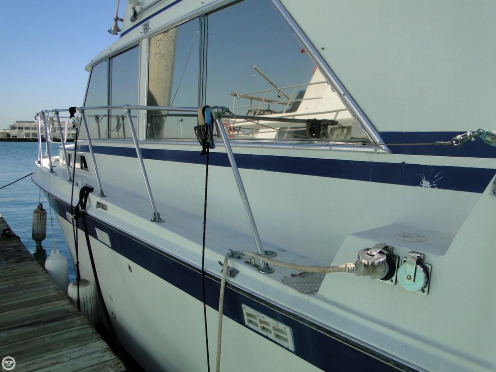 1972 Uniflite boat for sale, model of the boat is 36 Double Cabin & Image # 28 of 40