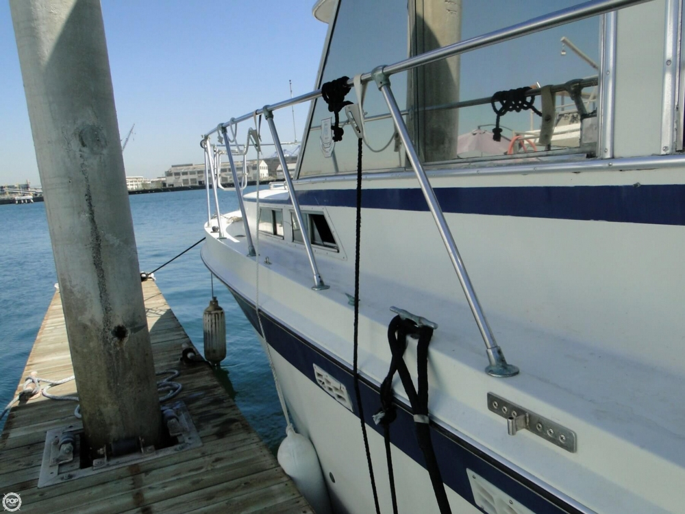 1972 Uniflite boat for sale, model of the boat is 36 Double Cabin & Image # 30 of 40