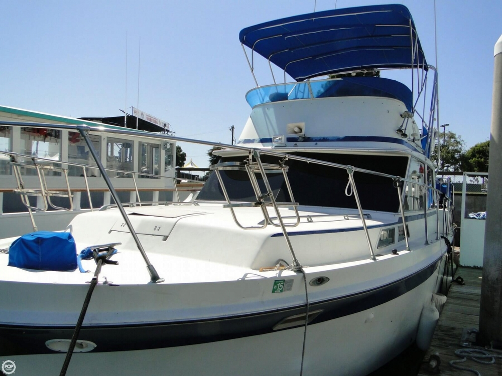 1972 Uniflite boat for sale, model of the boat is 36 Double Cabin & Image # 35 of 40