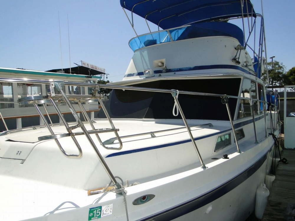 1972 Uniflite boat for sale, model of the boat is 36 Double Cabin & Image # 38 of 40