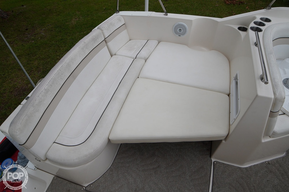 2007 Rinker boat for sale, model of the boat is 270 EC & Image # 16 of 40
