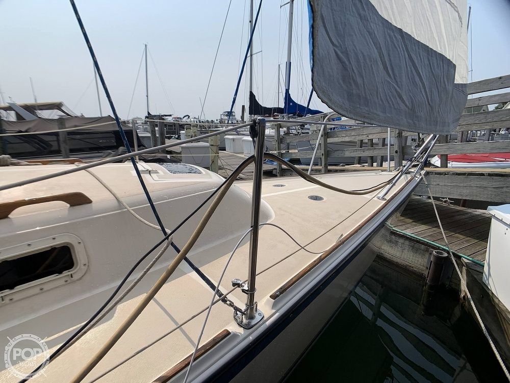 1982 O'day boat for sale, model of the boat is 30 & Image # 22 of 40