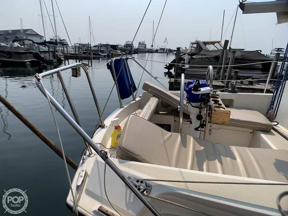 1982 O'day boat for sale, model of the boat is 30 & Image # 23 of 40