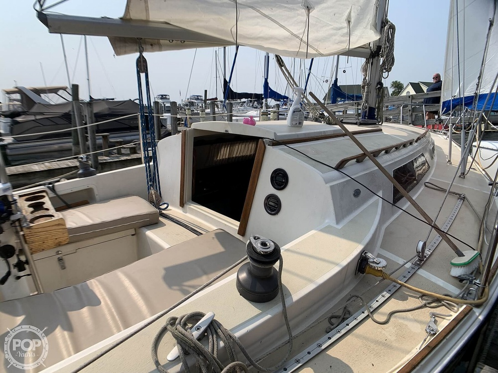 1982 O'day boat for sale, model of the boat is 30 & Image # 25 of 40