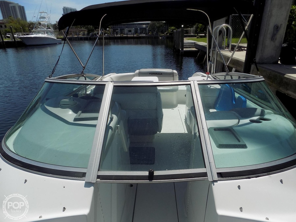 2000 Formula boat for sale, model of the boat is F-260 BR & Image # 31 of 40
