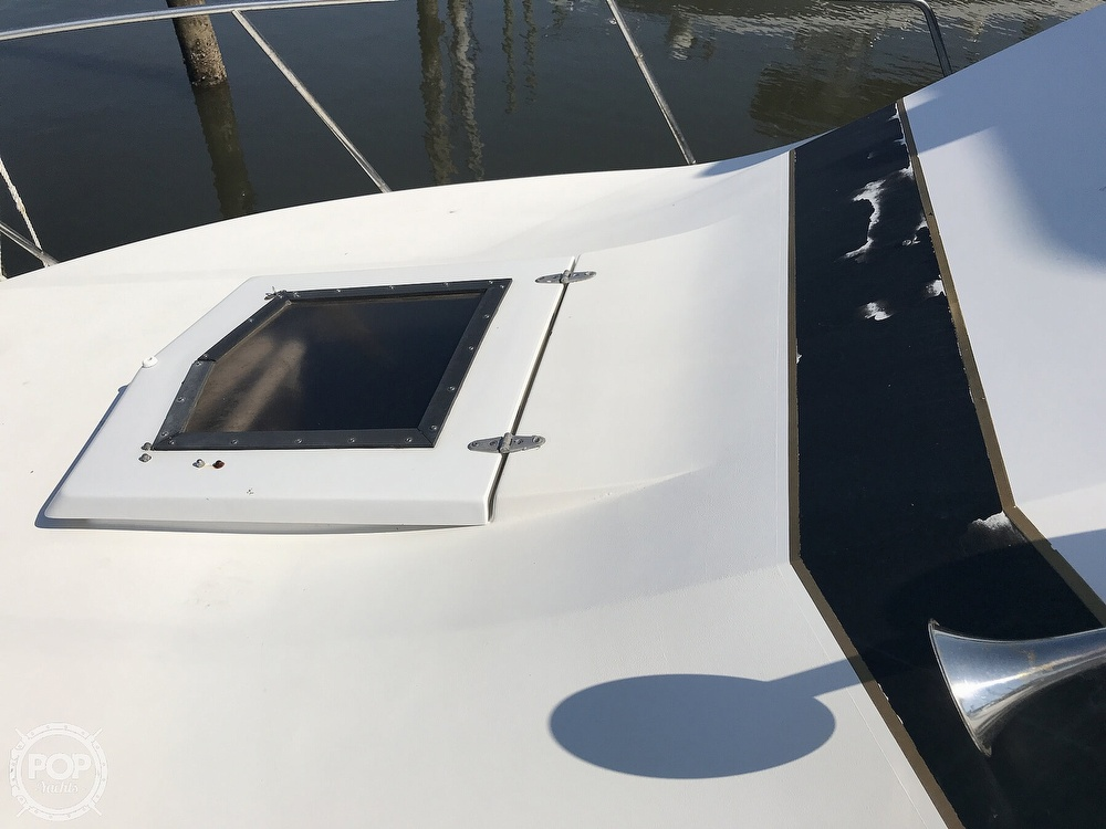1988 Bertram boat for sale, model of the boat is Bahia Mar 28 & Image # 29 of 40