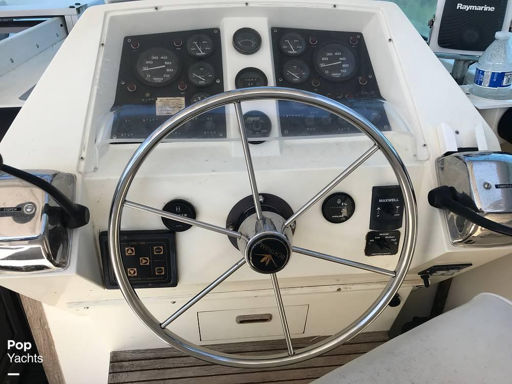 1988 Bertram boat for sale, model of the boat is Bahia Mar 28 & Image # 39 of 40