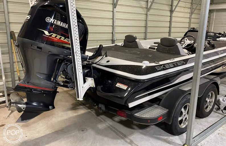 2016 Skeeter boat for sale, model of the boat is Zx225 & Image # 4 of 9