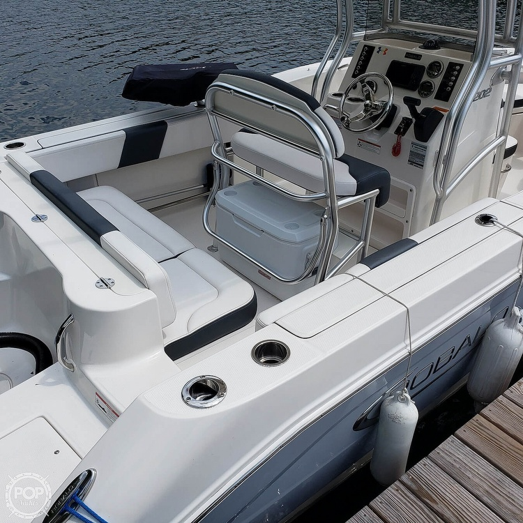 2019 Robalo boat for sale, model of the boat is 202 Explorer & Image # 11 of 40