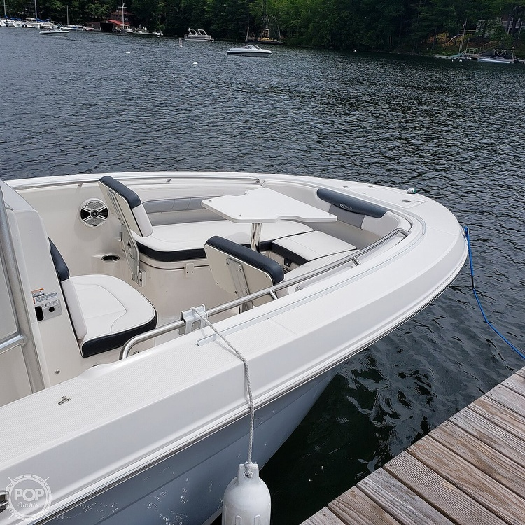2019 Robalo boat for sale, model of the boat is 202 Explorer & Image # 15 of 40