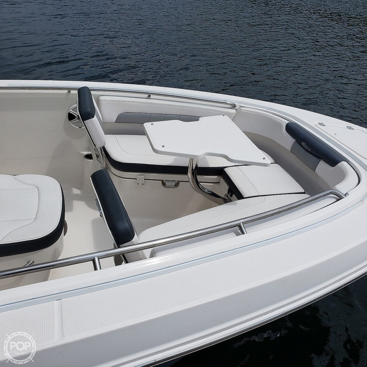 2019 Robalo boat for sale, model of the boat is 202 Explorer & Image # 16 of 40