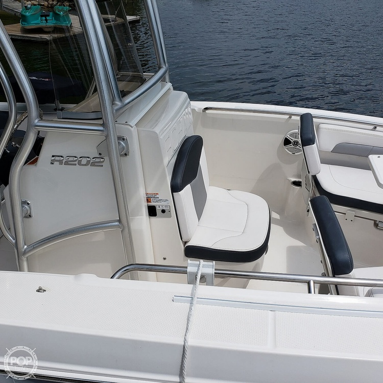 2019 Robalo boat for sale, model of the boat is 202 Explorer & Image # 17 of 40