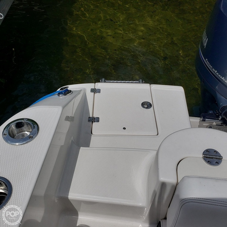 2019 Robalo boat for sale, model of the boat is 202 Explorer & Image # 20 of 40
