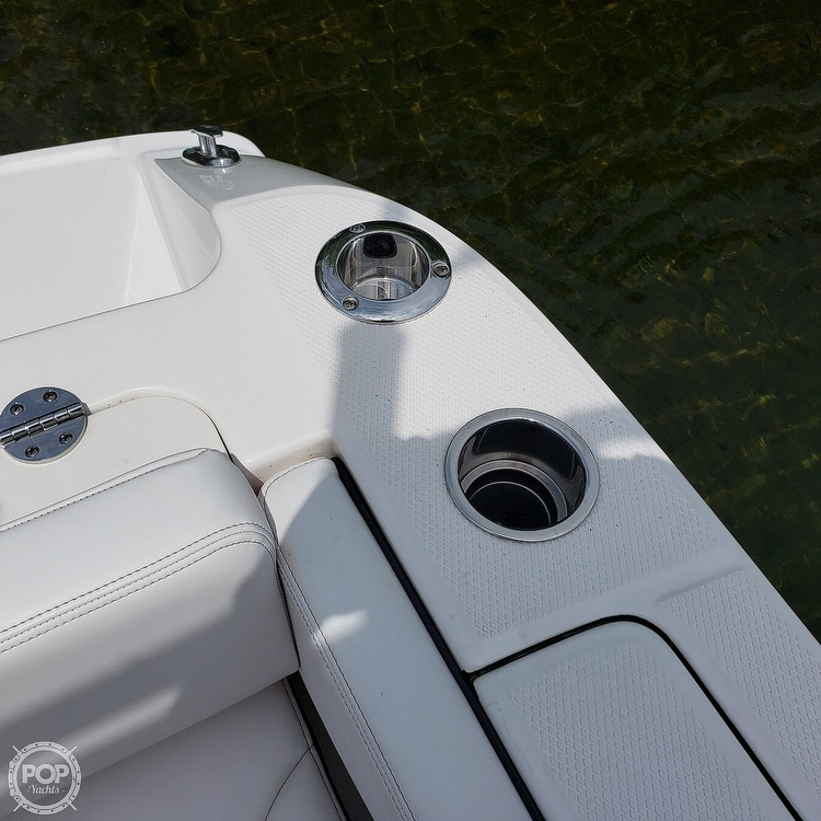 2019 Robalo boat for sale, model of the boat is 202 Explorer & Image # 28 of 40