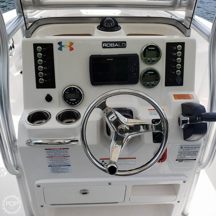 2019 Robalo boat for sale, model of the boat is 202 Explorer & Image # 31 of 40