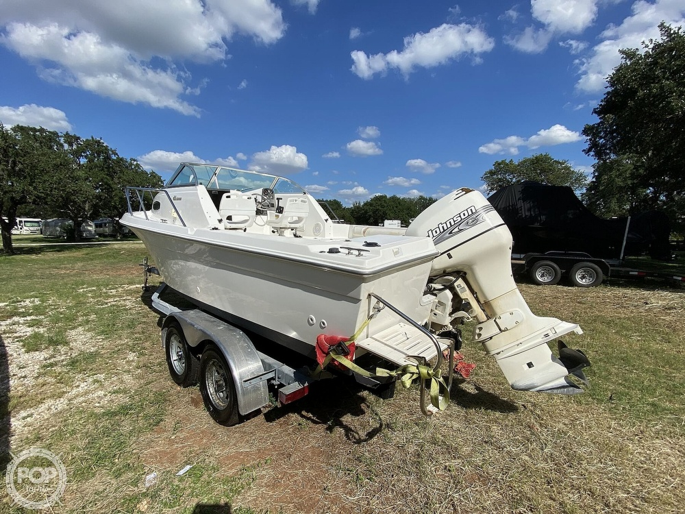 2001 Wellcraft boat for sale, model of the boat is 22 Walkaround & Image # 4 of 40