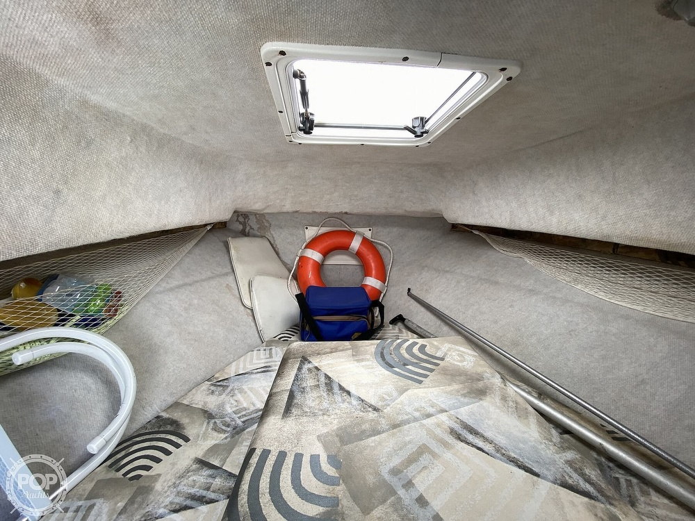2001 Wellcraft boat for sale, model of the boat is 22 Walkaround & Image # 10 of 40