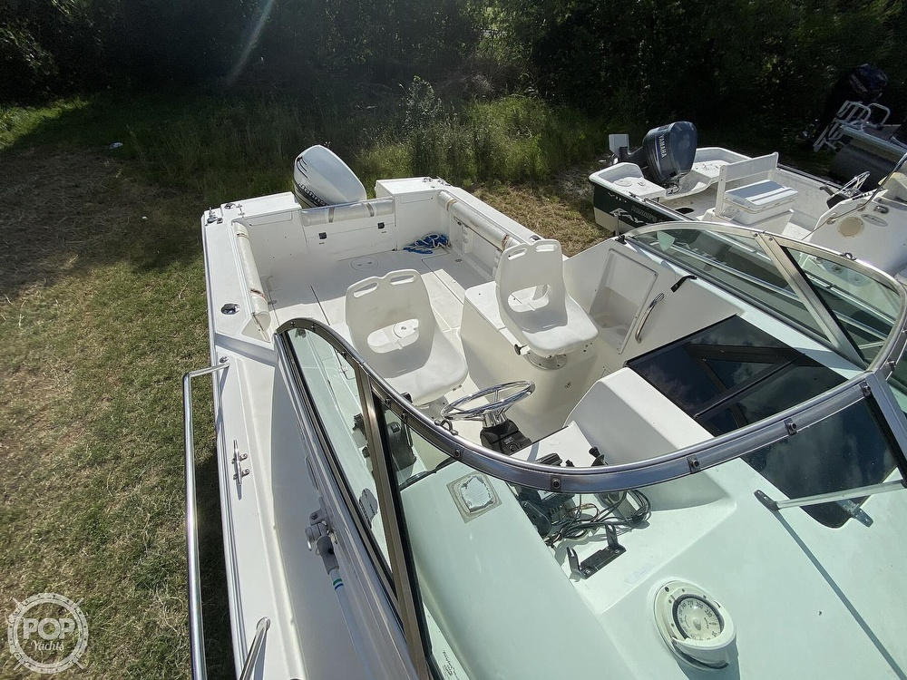 2001 Wellcraft boat for sale, model of the boat is 22 Walkaround & Image # 18 of 40