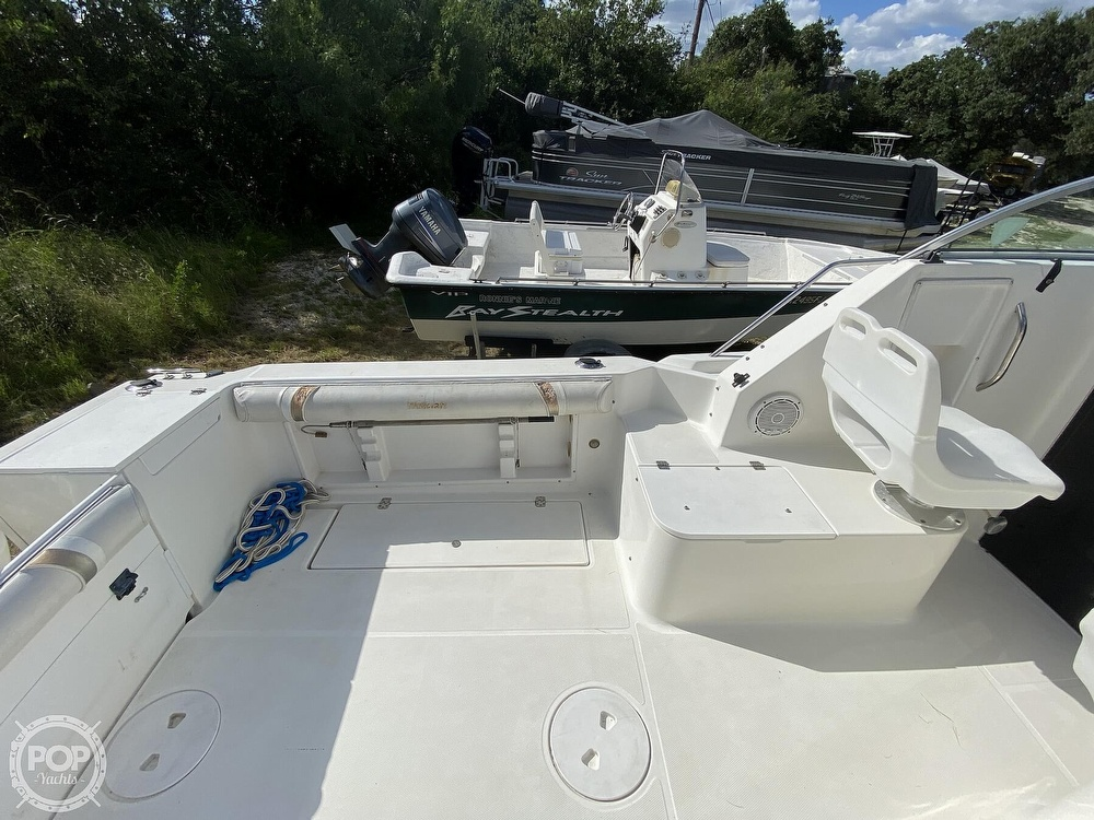2001 Wellcraft boat for sale, model of the boat is 22 Walkaround & Image # 26 of 40