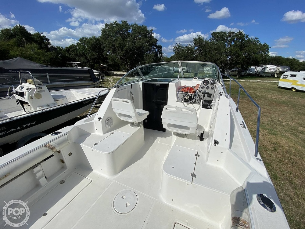 2001 Wellcraft boat for sale, model of the boat is 22 Walkaround & Image # 29 of 40