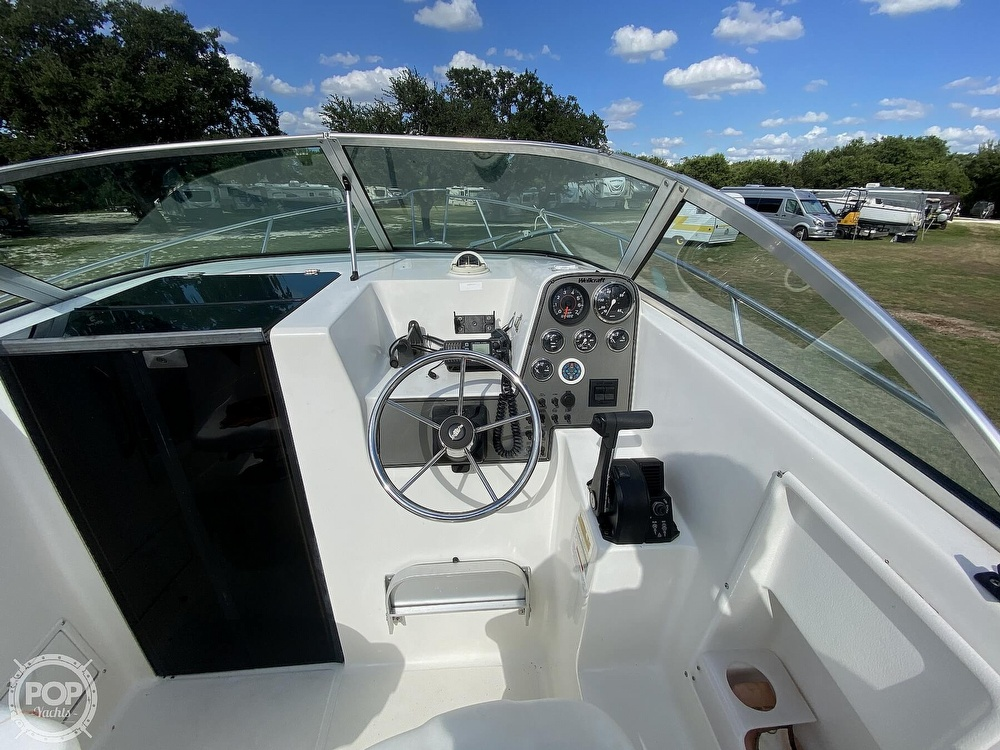 2001 Wellcraft boat for sale, model of the boat is 22 Walkaround & Image # 30 of 40