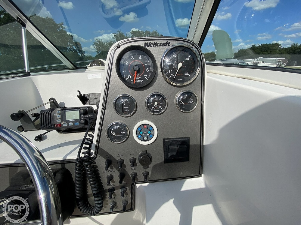 2001 Wellcraft boat for sale, model of the boat is 22 Walkaround & Image # 33 of 40