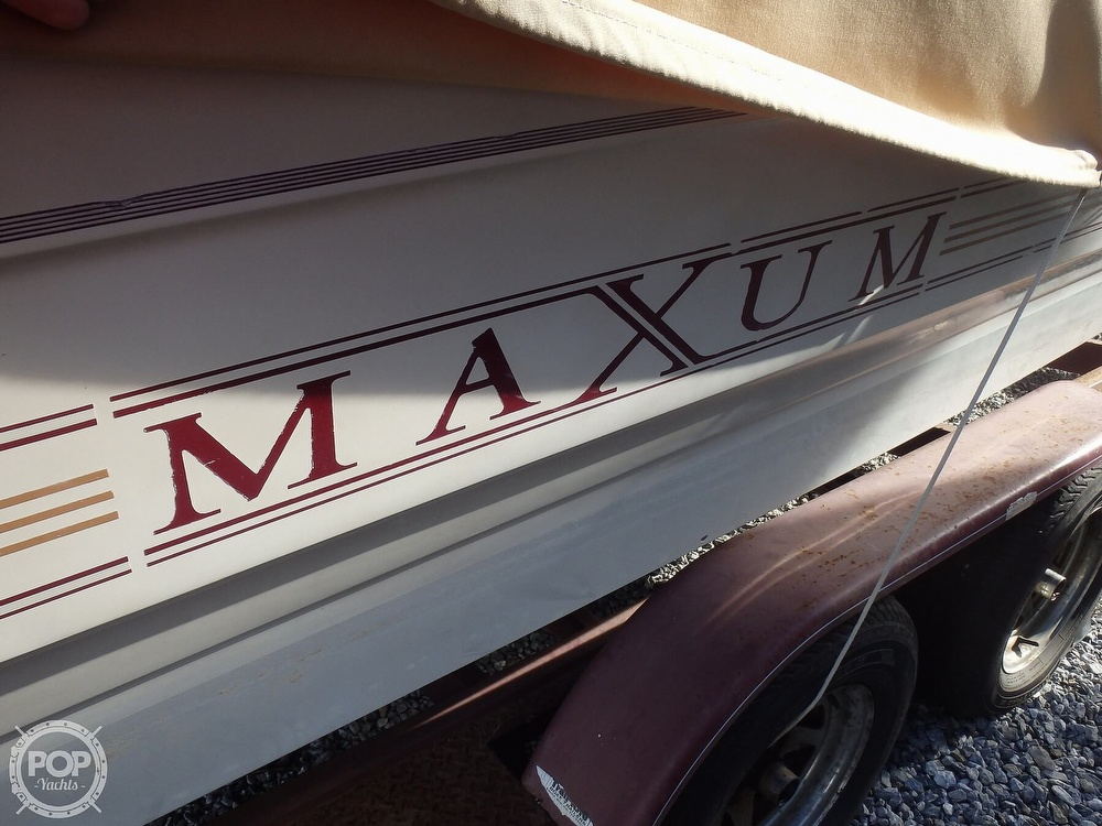 1990 Maxum boat for sale, model of the boat is 2400 SCR & Image # 4 of 40