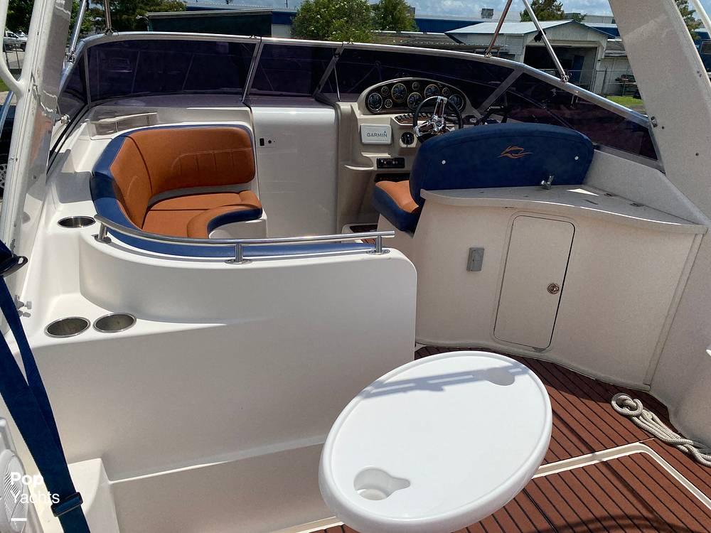 2002 Rinker boat for sale, model of the boat is 310 Fiesta Vee & Image # 8 of 40