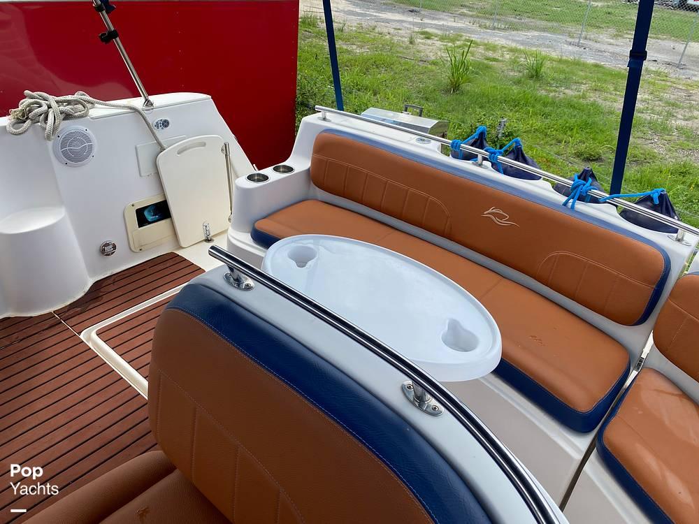 2002 Rinker boat for sale, model of the boat is 310 Fiesta Vee & Image # 16 of 40