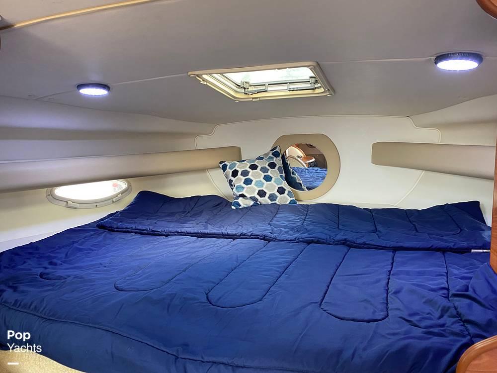 2002 Rinker boat for sale, model of the boat is 310 Fiesta Vee & Image # 20 of 40