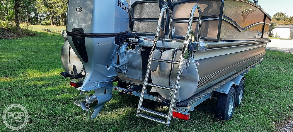 2021 Premier Pontoons boat for sale, model of the boat is 230 Solaris RF & Image # 25 of 40