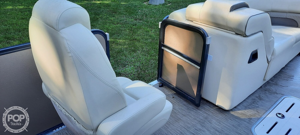 2021 Premier Pontoons boat for sale, model of the boat is 230 Solaris RF & Image # 32 of 40