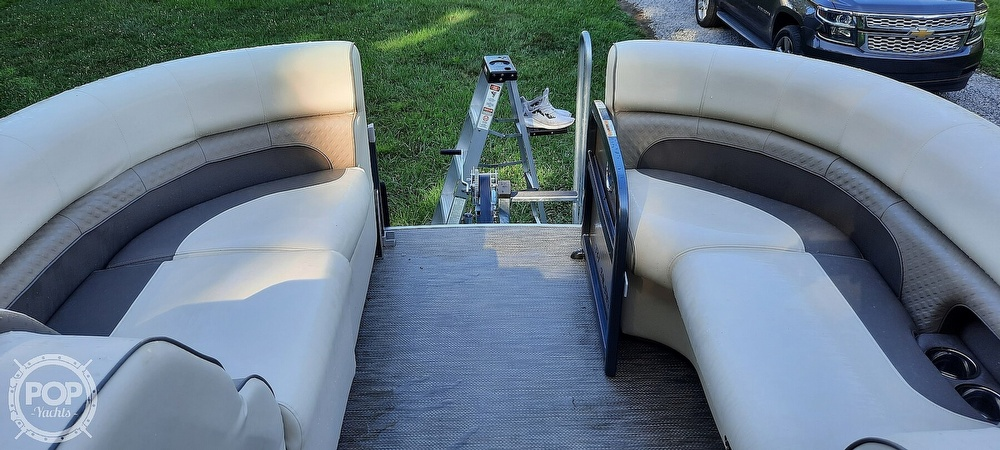 2021 Premier Pontoons boat for sale, model of the boat is 230 Solaris RF & Image # 38 of 40