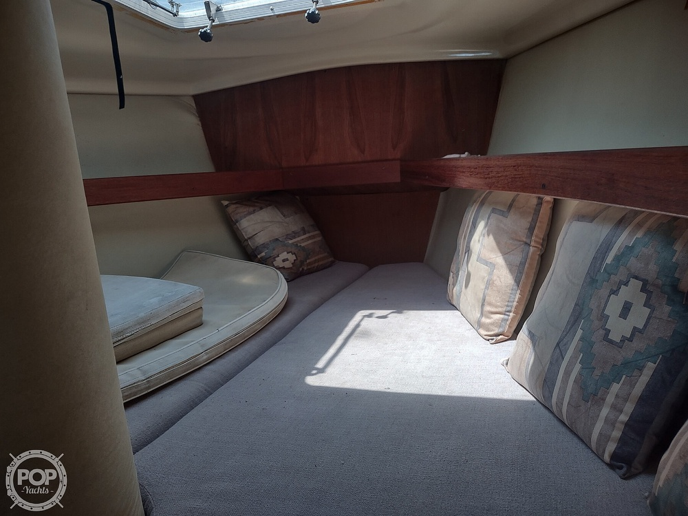 1989 Hunter boat for sale, model of the boat is 32 Vision & Image # 40 of 40