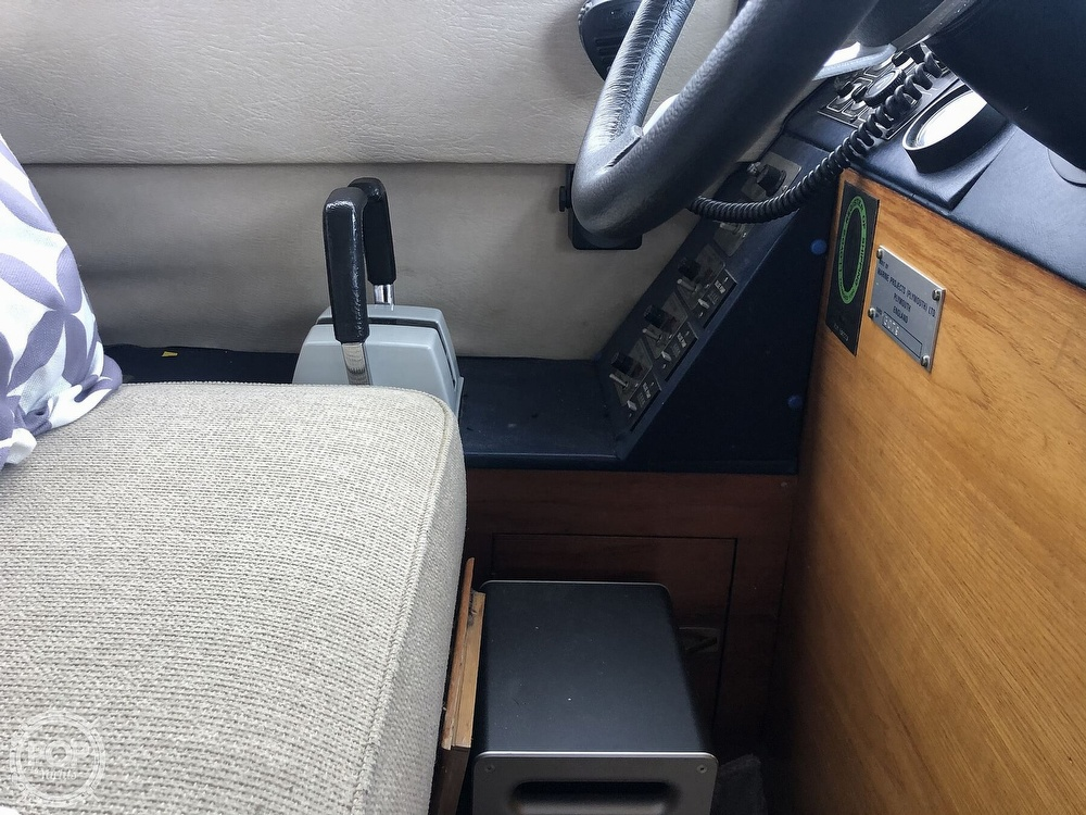 1985 Princess Yachts boat for sale, model of the boat is 414 & Image # 21 of 40