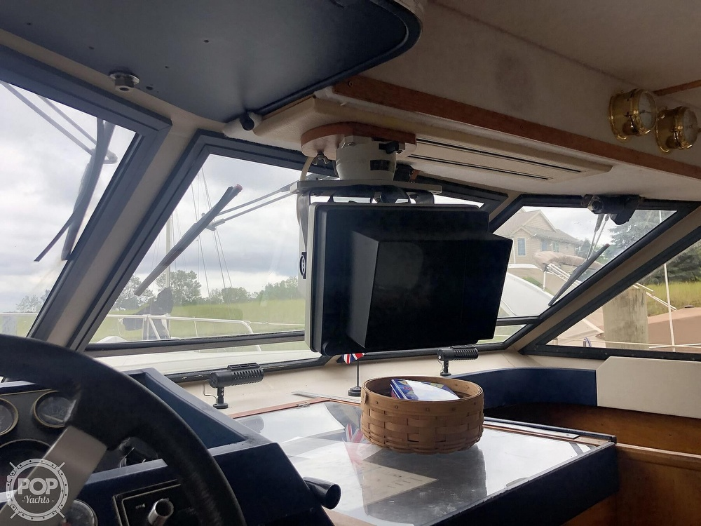 1985 Princess Yachts boat for sale, model of the boat is 414 & Image # 28 of 40