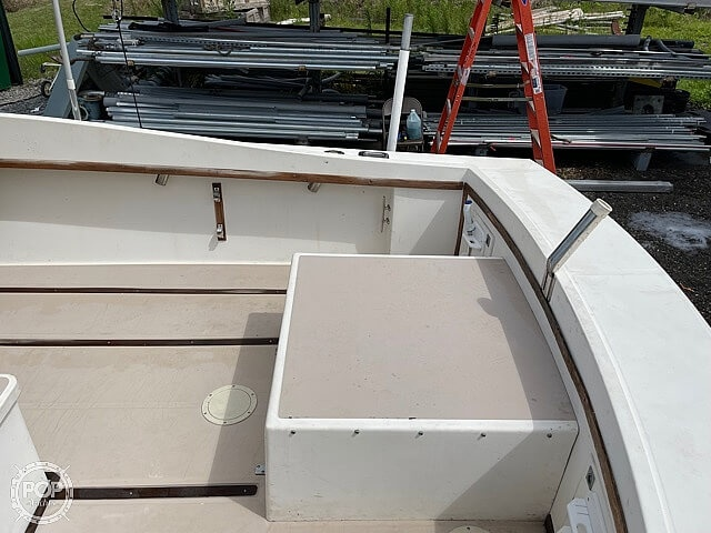 1988 Albemarle boat for sale, model of the boat is 24 express & Image # 28 of 40