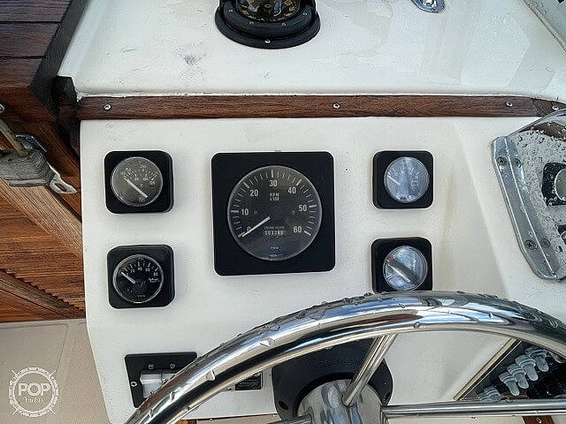 1988 Albemarle boat for sale, model of the boat is 24 express & Image # 38 of 40