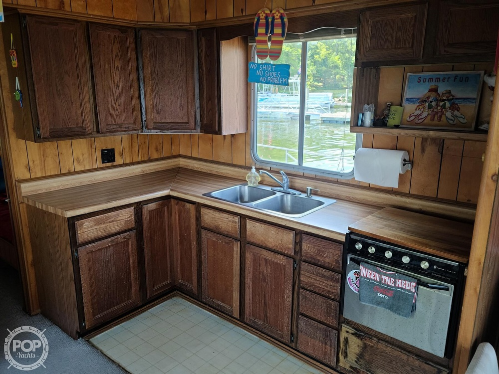 1985 Sumerset Houseboats boat for sale, model of the boat is 14 x 60 & Image # 2 of 40